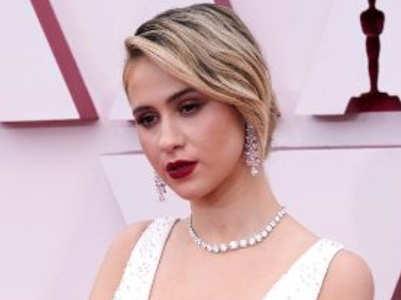 Best beauty looks of Oscars 2021