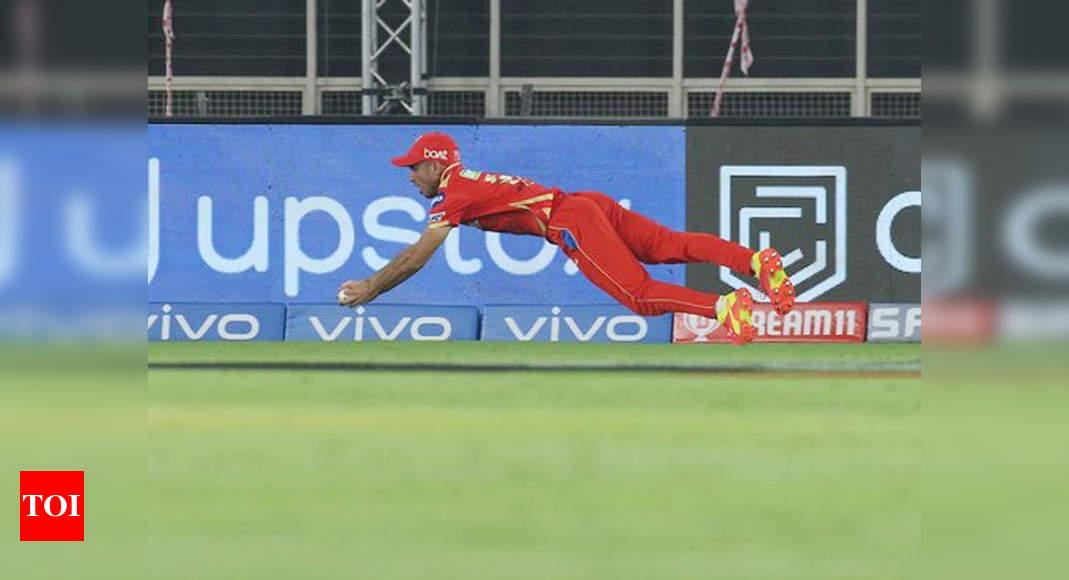 WATCH: How Punjab Kings' Ravi Bishnoi took a screamer to dismiss KKR's Sunil Narine | Cricket News – Times of India