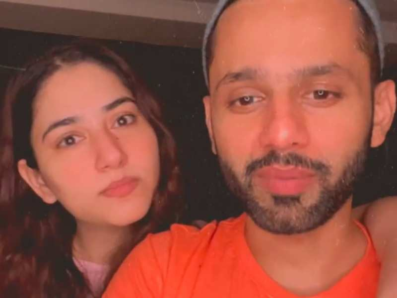 Fan asks Rahul Vaidya if Disha Parmar doesn't go home after the two go live on Instagram post-midnight; she says, 'How mean!'