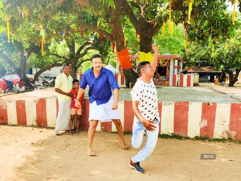 Amit Bhargav to appear in the show Idhayathai Thirudathey