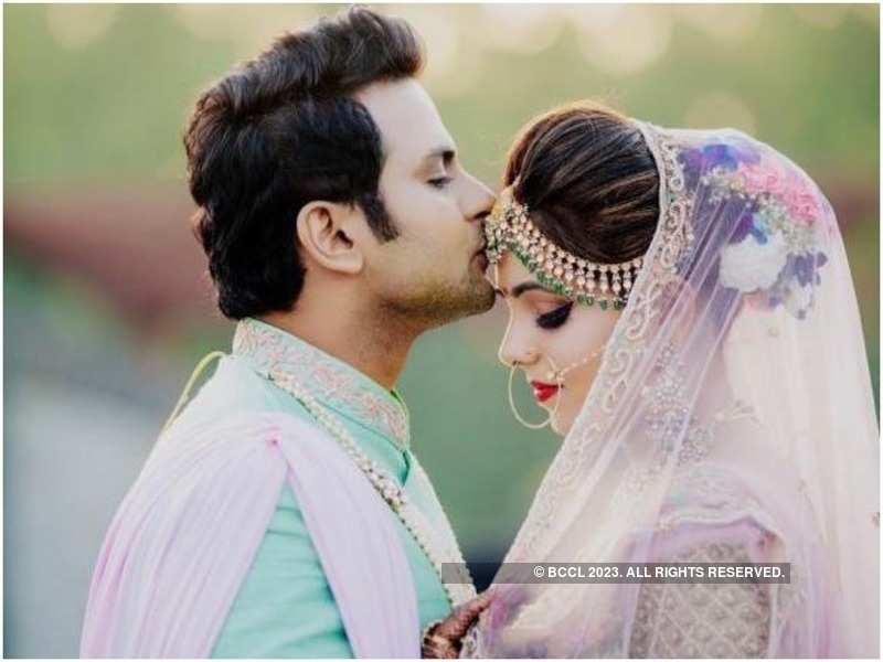 Dr Sanket Bhosale and Sugandha Mishra at their wedding