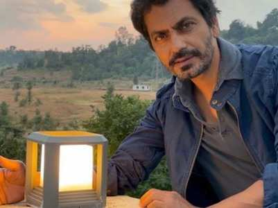 Nawazuddin moves to Budhana with mother