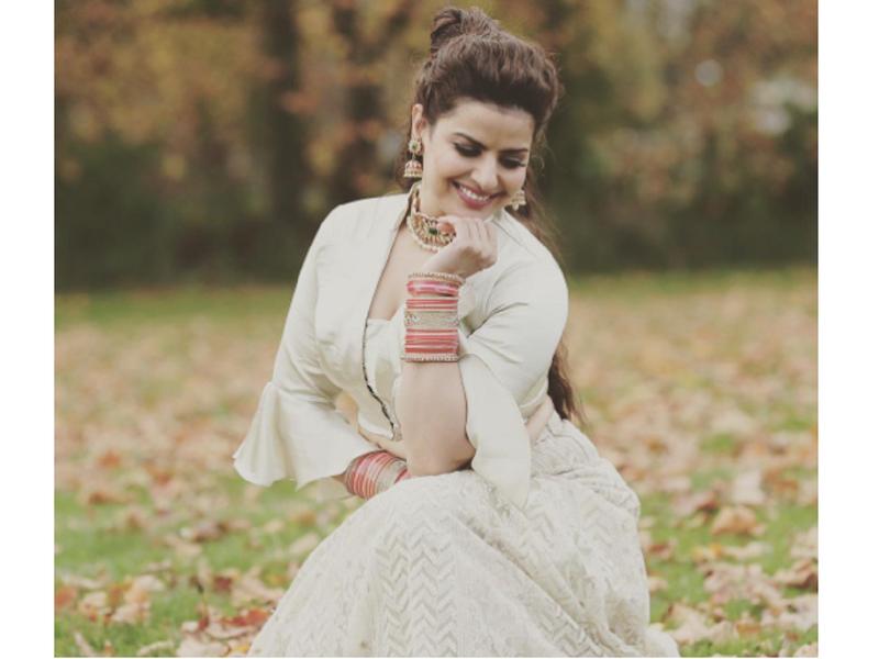 Throwback Thursday: Madhu Sharma looks breathtaking in THIS traditional lehenga