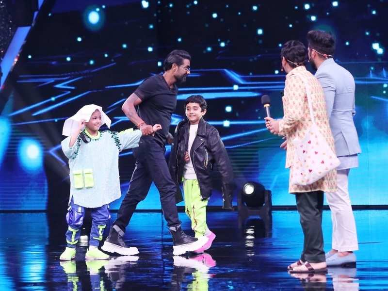 Super Dancer Chapter 4: Impressed with Sanchit Chanana and Florina Goggoi, Remo D'Souza says he's 'taking them home'