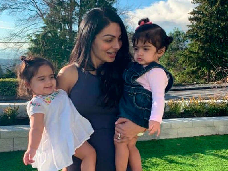 Video: Neeru Bajwa's latest post with her daughters is pure love