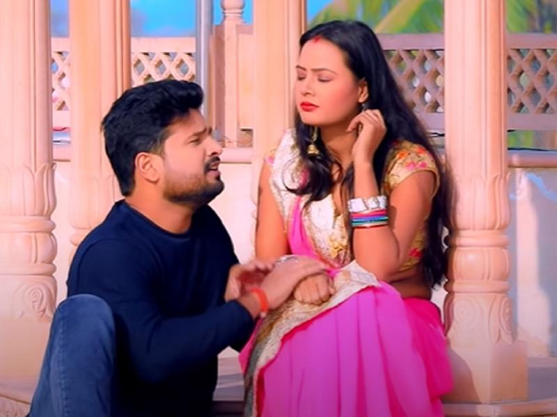Ritesh Pandey releases a new song 'Muskura Ke Chali Gayi'