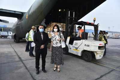 Romania ships oxygen concentrators, oxygen cylinders and oxygen therapy equipment to India | India News