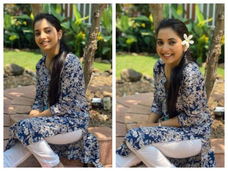 Sayali Sanjeev looks gorgeous as she stuns in this floral dress see pics