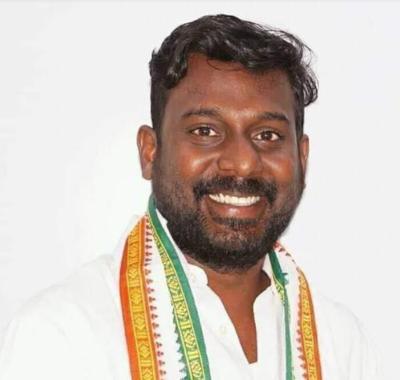 Vijay Vasanth: Kanyakumari Lok Sabha byelection; Congress's Vijay Vasanth takes huge lead over BJP's Pon Radhakrishnan | Chennai News - Times of India