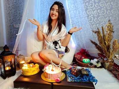 Ashnoor's midnight b'day celebration; pics