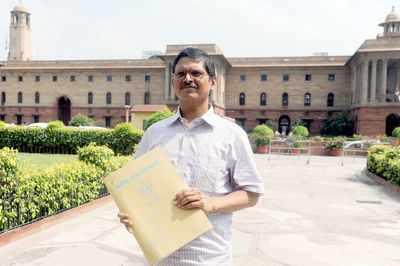 MHA Denies Information on Mandatory Retirement of Amitabh Thakur | India News