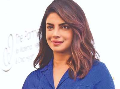 Priyanka supports Sonu Sood's plea