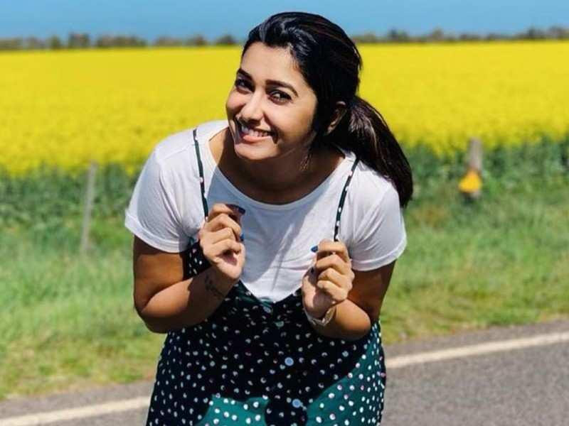 Priya Bhavani Shankar gives a fitting reply to trolls