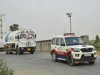 Mandatory tracking device for vehicles carrying oxygen tanks | India News