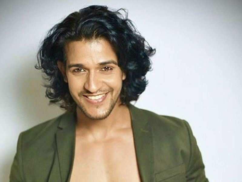 """Vighnaharta Ganesh"" actor Kuldeep Singh practices yoga for fitness"