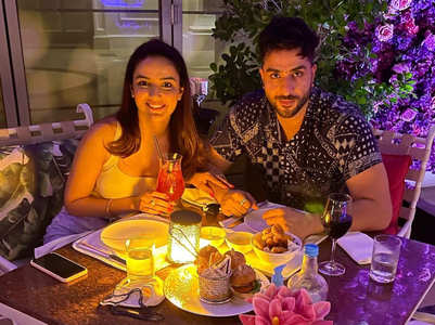 Jasmin shares pic of romantic date with Aly