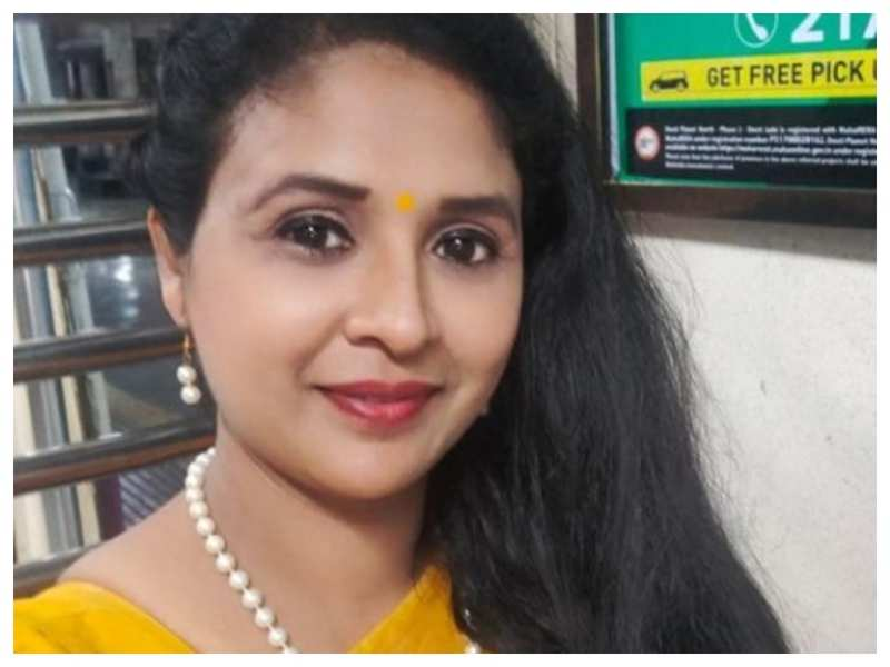 'Te Aath Diwas' actress Abhilasha Patil passes away owing to Covid-19 complications