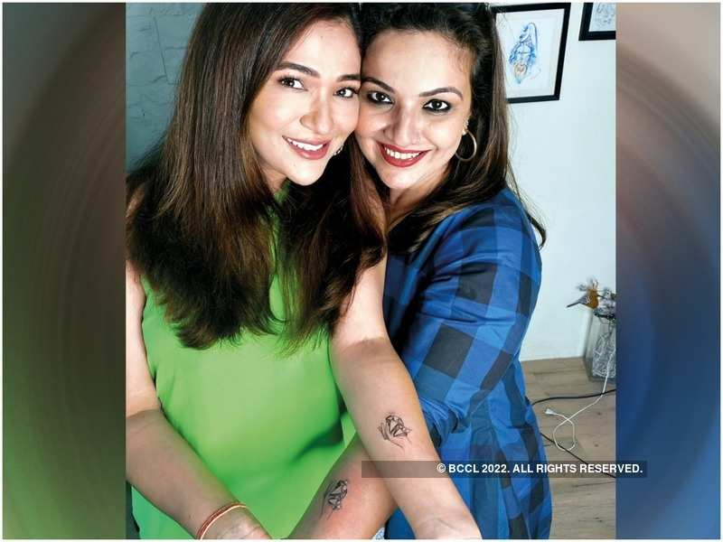 Ridhima and Reema Pandit get inked