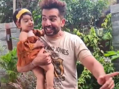 Jay Bhanushali grooves with daughter Tara