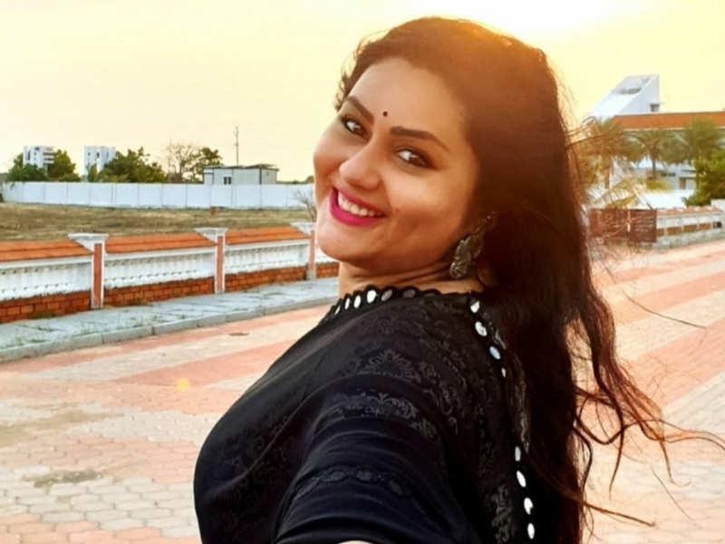 Namitha launches a new OTT platform 'Namita Theater'