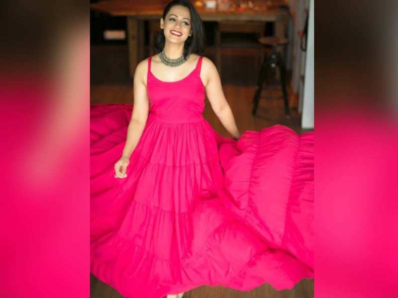 Spruha Joshi looks drop-dead gorgeous in THIS throwback picture; take a look!