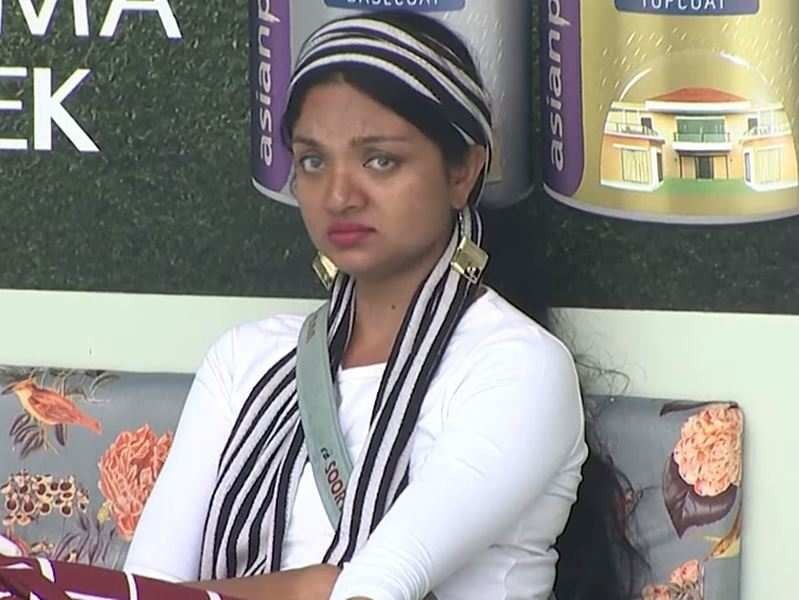 Bigg Boss Malayalam 3: Soorya accuses contestants of body shaming her while playing a cop in the task