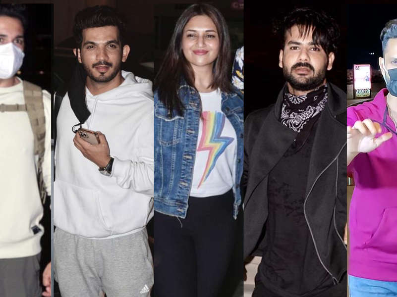 TV celebs leave for Cape Town to shoot for Khatron Ke Khiladi 11; arrive at the airport in style