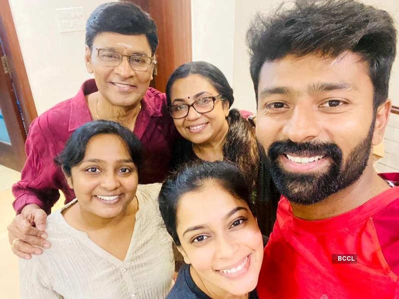 Actors K Bhagyaraj and Poornima Bhagyaraj test positive for COVID-19 (Photo - Instagram)