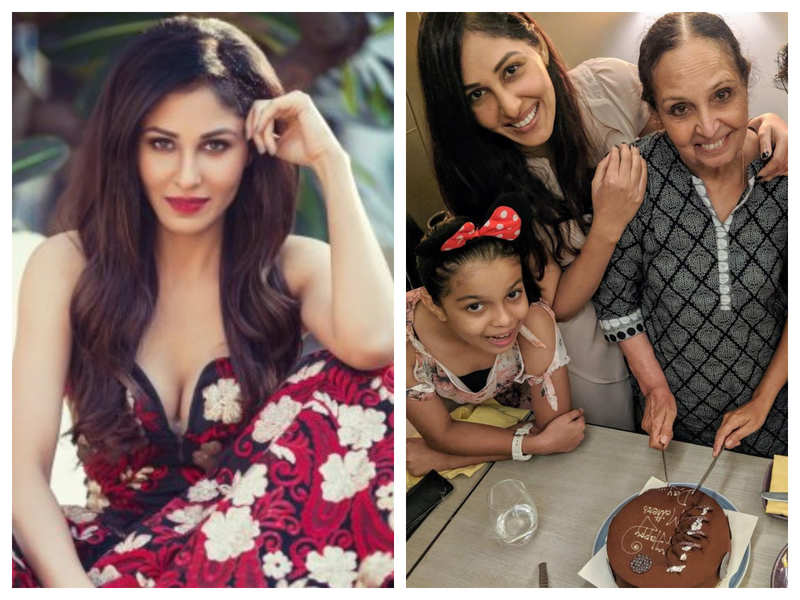Pooja Chopra: My mom is a gorgeous woman, who has moved mountains to bring us up all on her own
