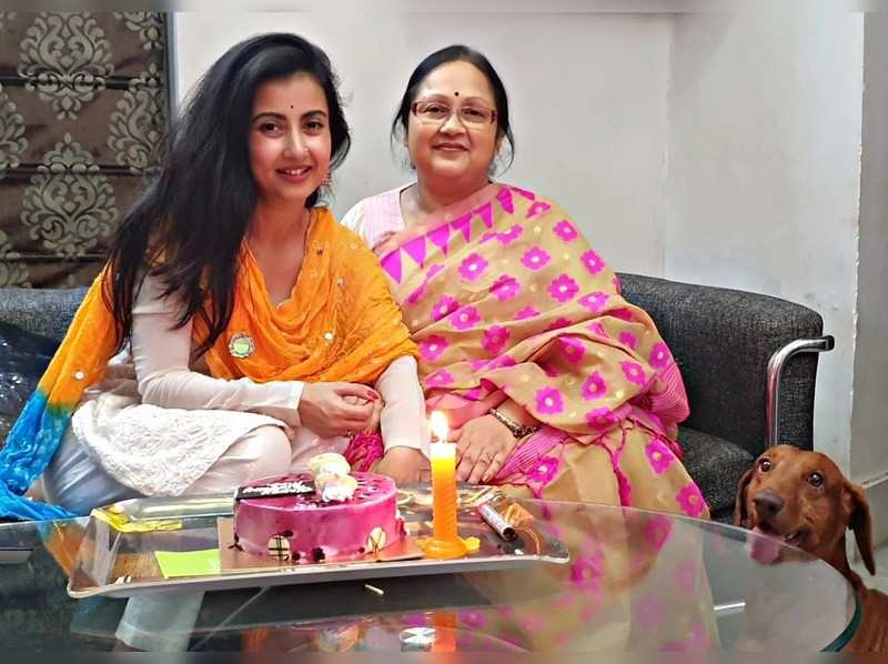 #Mother'sDaySpl: Can't forget the sacrifices mom made for me, says Monami