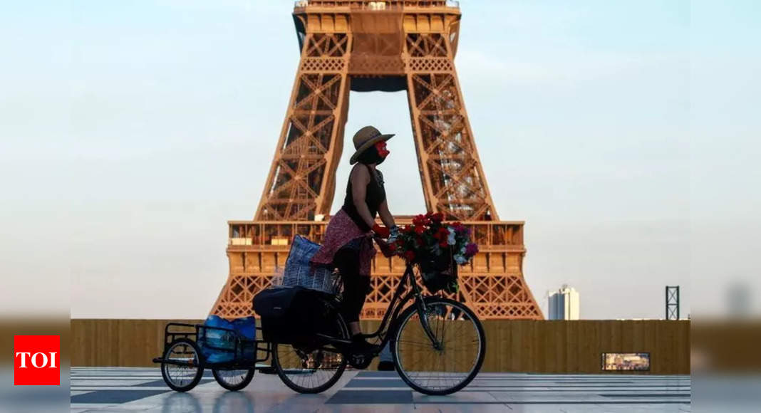 'Around 20 people in France detected with Indian Covid variant' – Times of India