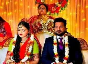 Photos: Ritesh Pandey gets engaged to Dr. Vaishali Pandey in Varanasi