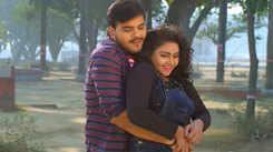 Arvind Akela Kallu and Tanushree's Bhojpuri song 'Kiss Khulla Me Kail Na Jala' goes viral!