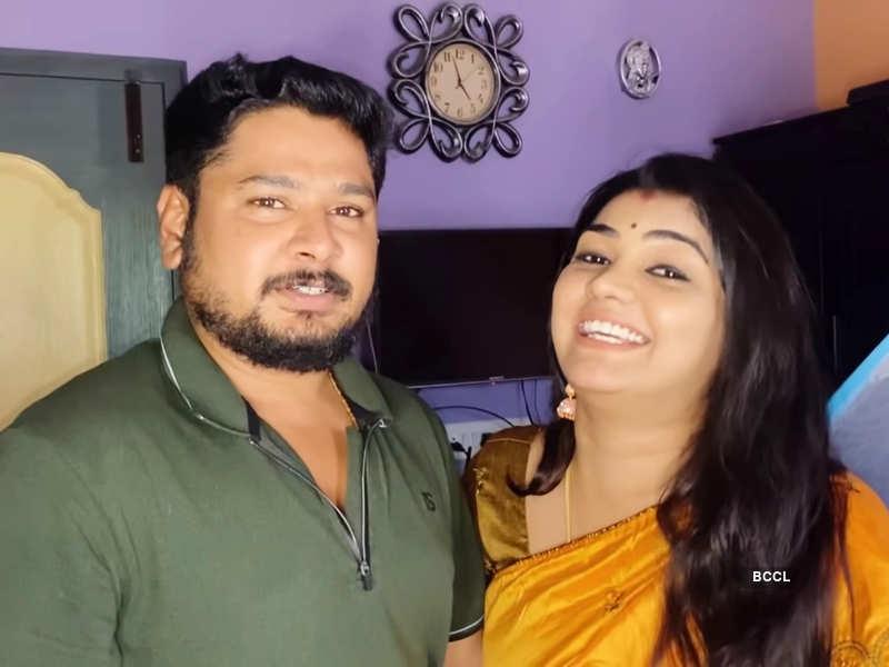 Watch: Here's how Shamili Sukumar reveals pregnancy to husband Rajkumar