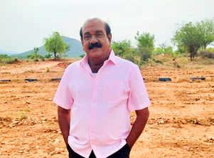 Nellai Siva passes away;actors share grief