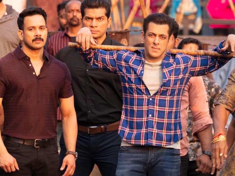 Salman Khan fans throng Dubai theatre as 'Radhe' hits the screens on EID