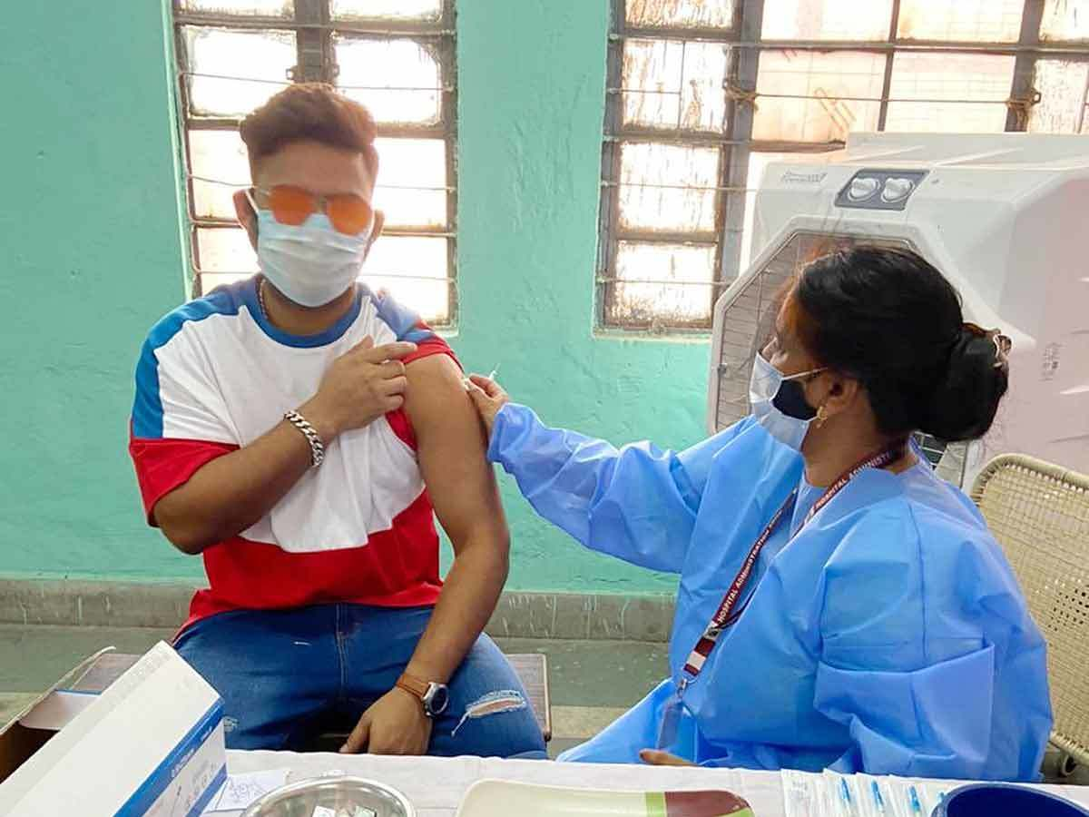 Rishabh Pant gets first dose of COVID-19 vaccine