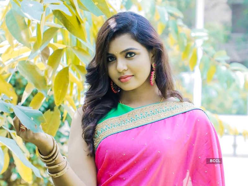 Mounika Subramaniyam joins the cast of Vanathai Pola; details inside (Photo - Instagram)