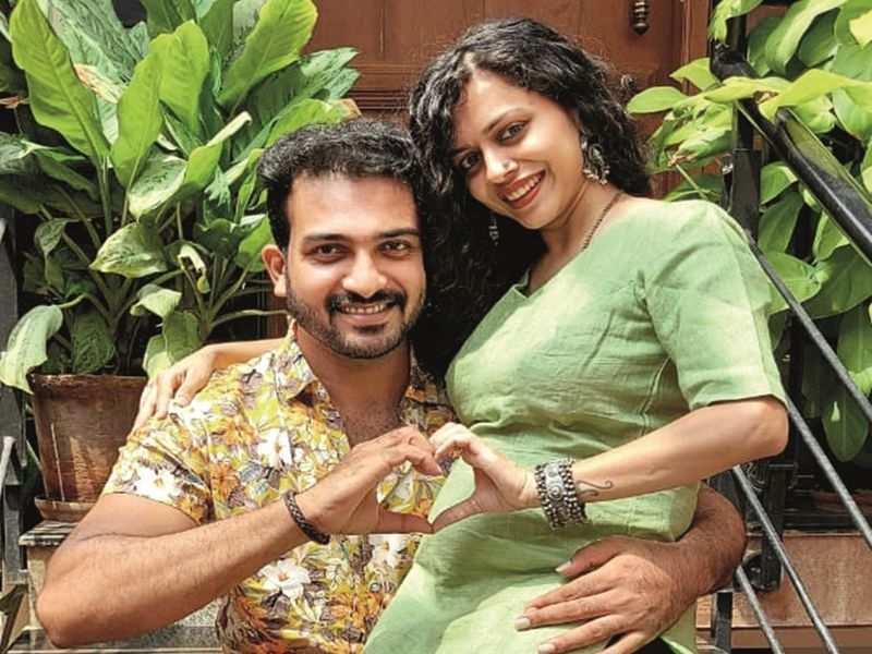 Amrutha Rammoorthi and husband Raghu set to welcome their first born
