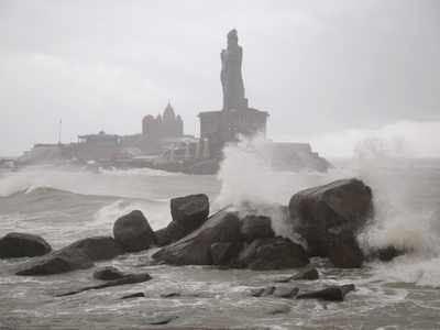 Cyclone Tauktae Intensifies, Moving Towards Gujarat, Says IMD   India News
