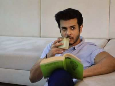 Jay Soni likes on being a voracious reader