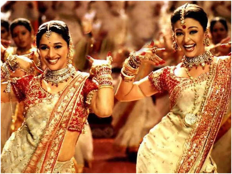 Madhuri Dixit-Aishwarya Rai's 'Dola Re' song from 'Devdas' needed 16 days of shooting- Exclusive!