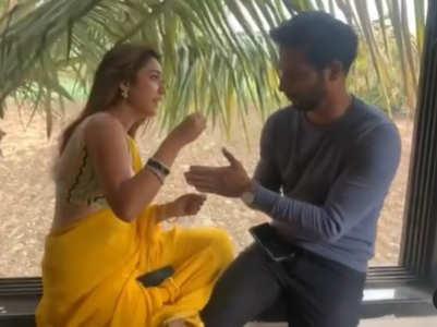 Reem and Sehban play 'chidiya ud'; watch