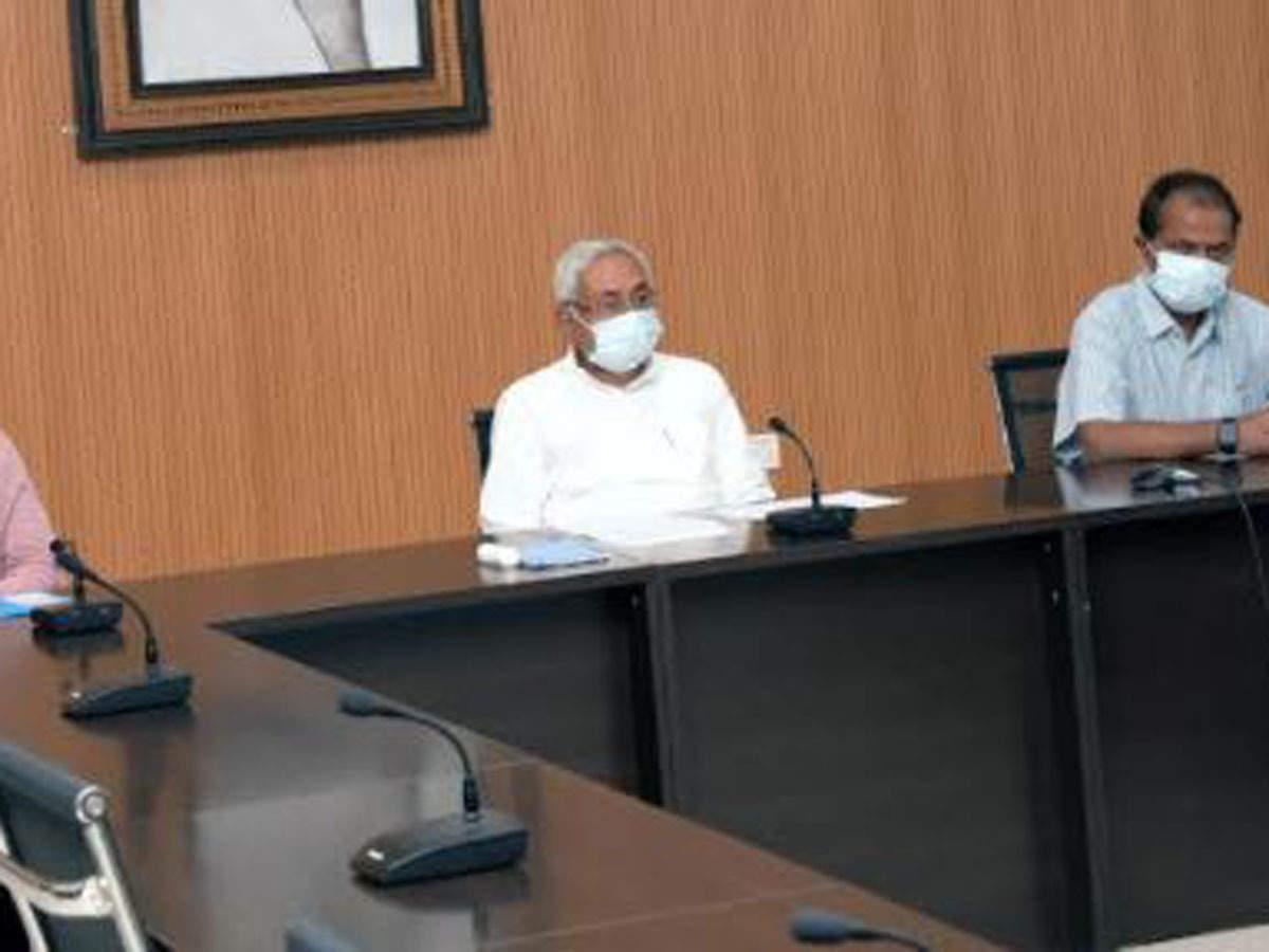 Bihar CM inspects arrangements at six community kitchen centres in ...