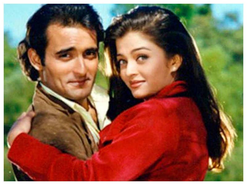 When Akshaye Khanna revealed he can't take his eyes off Aishwarya Rai Bachchan: You just keep staring at her like a lunatic