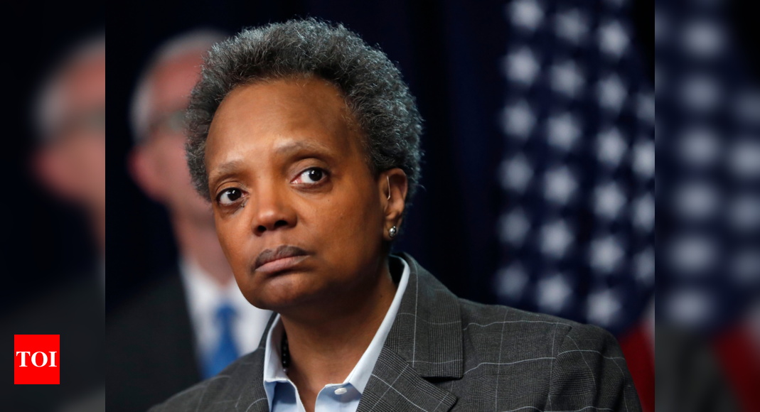 Chicago mayor Lori Lightfoot faces dashed hopes of her backers – Times of India
