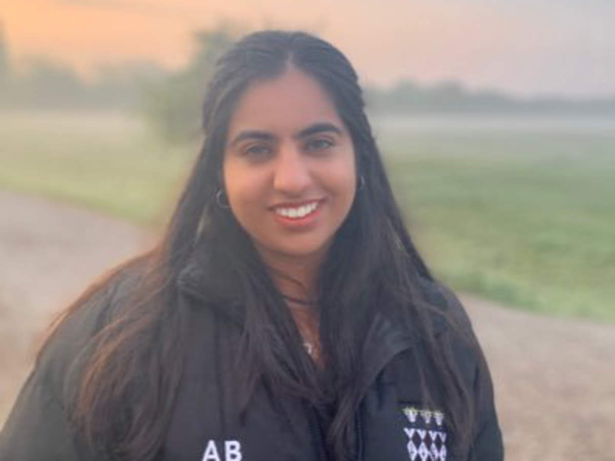 Indian-Origin Anvee Bhutani Elected Oxford Student Union President In  Byelection - Times Of India