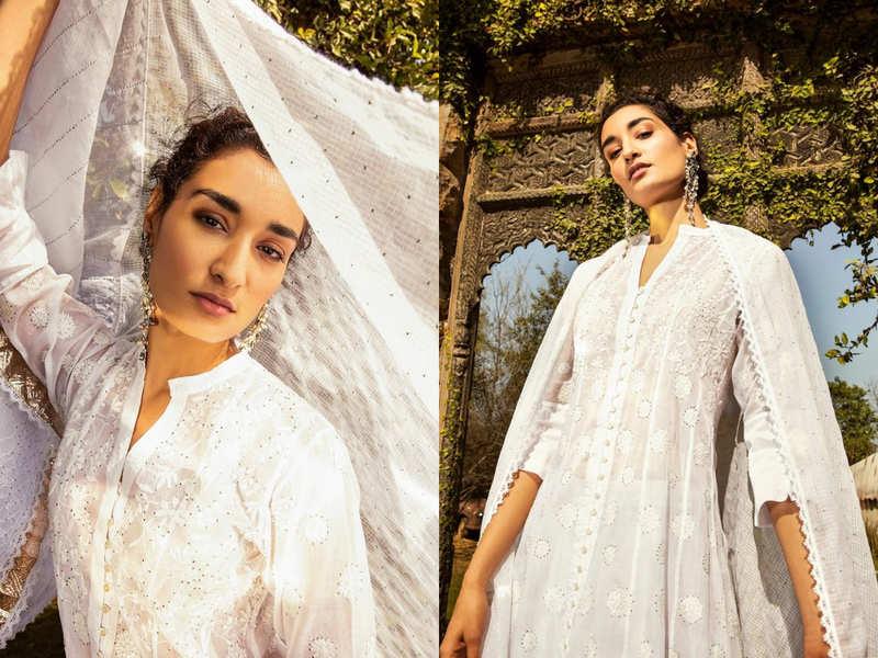 5 ways to style a chikankari kurti