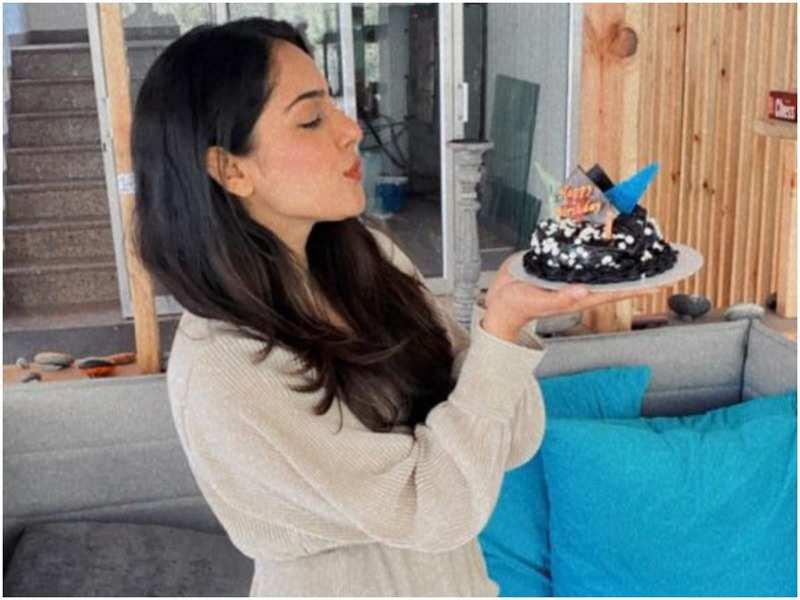 Malvi Malhotra with her birthday cake