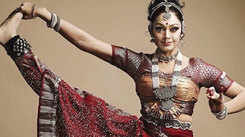 You cannot miss this dance video of Shobana
